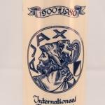 Wijnkruik Ajax: 1900 - 1980 Internationaal jeugdtoernooi 3-9 augustus 1980 aangeboden aan Mr. Vergauwen