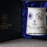 Bierpul Rangers - Ajax, 30 oktober 1996, uitslag  0-1. De spelers kregen deze bierpul na de wedstrijd.