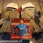 Achterkant Keepershandschoenen handtekening Jeroen Verhoeven