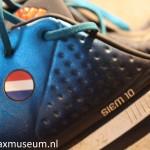 Zijkant schoenen Naam Siem + nummer 10