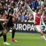Matthijs de Ligt in actie tegen Olympique Lyon 4-1.