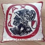 Voorkant Ajax kussen 1973