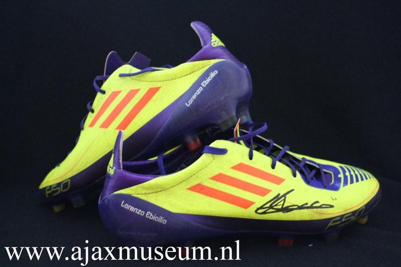 ajax museum � voetbalschoenen