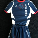 Mini Ajax uitshirt 2005 - 2006